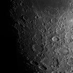 Новые свидетельства показывают, что гигантские метеориты воздействуют на части Луны