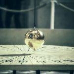 Миллиард крошечных маятников может обнаружить недостающую массу Вселенной